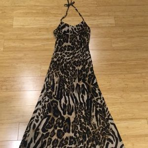 Great halter dress. Size S. Measures 45""